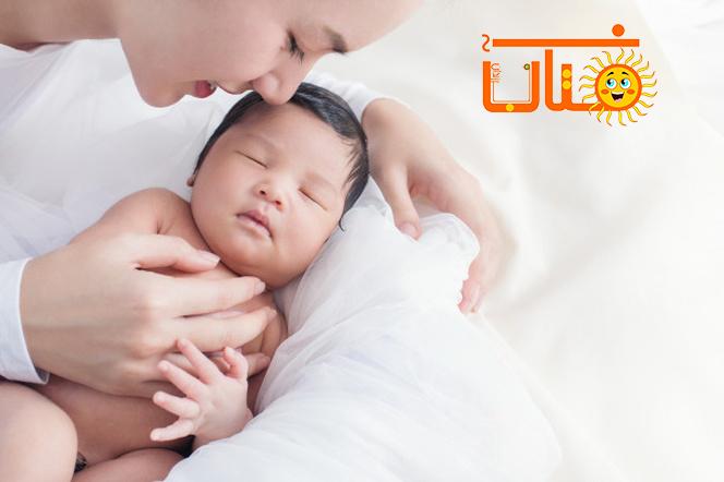 در چه سنی کودک را از شیر بگیریم؟